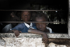 (Paul Fessey) Tags: poverty africa travel people holiday black paul photography 50mm nikon african gambia 18 d300 fessey omglawl