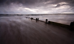 winter beach (Ray Byrne) Tags: beach twilight northumberland shore alnmouth gloom groyne raybyrne flickrelite