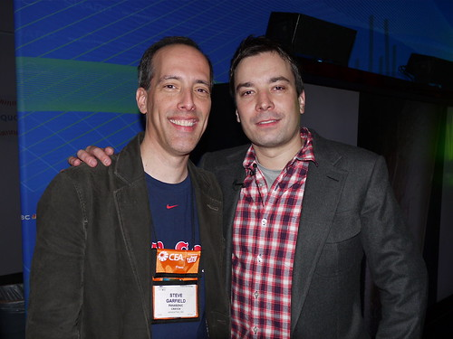 Steve Garfield and Jimmy Fallon at CES 2009 - 010809 by stevegarfield