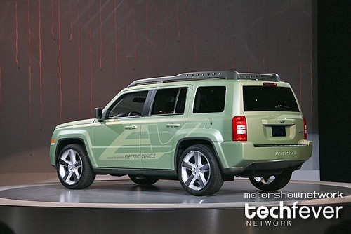 MotorShowNetwork-NAIAS-2009-chrysler-jeep-patriotI0006