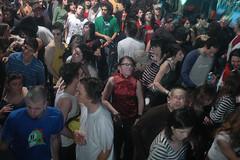 +160 Cuarto Aniversario @ Niceto Club - 20 Agosto 2004 (mas160) Tags: boy music orange argentina dj drum bass buenos aires bad nightclub jungle tuesday electronic alternative dnb beats bbo buey patife 160 niceto