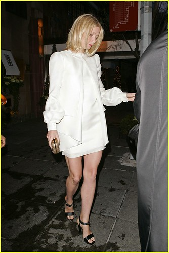 gwyneth-paltrow-jay-z-wedding-01