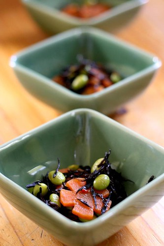 Hijiki nimono (simmered hijiki seaweed with edamame)