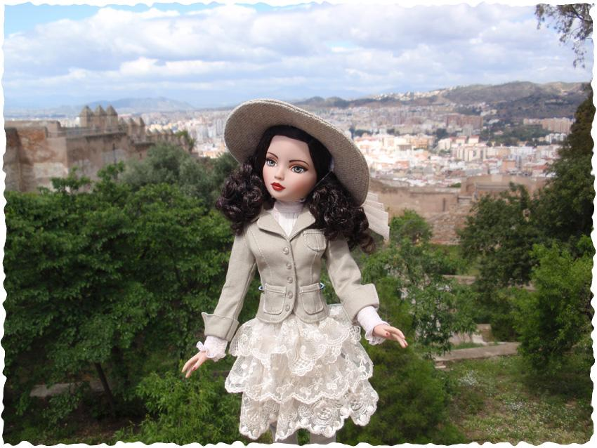 Ellowyne Essential Brunette visite la forteresse de Malaga (Espagne) 2646419255_54e21c1176_o
