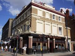 Hollybush, Crystal Palace, SE19 (Ewan-M) Tags: england london crystalpalace se19 hollybush uppernorwood westowhill londonboroughofcroydon thehollybush westowstreet enterpriseinnspub watneycombereidpub jackbeardspub watneyspub