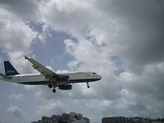 Another plane landing! (Cindy9000) Tags: stmaartin mahobeach princessjulianainternationalairport