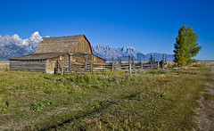 Mormon Row, Grand Teton National Park (geoffdhill) Tags: terrain holiday snow mountains weather architecture us photographer places historic northamerica wyoming occasions conditions grandtetonnationalpark mormonrow geoffhill