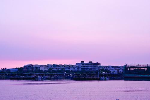 一抹紫色天空