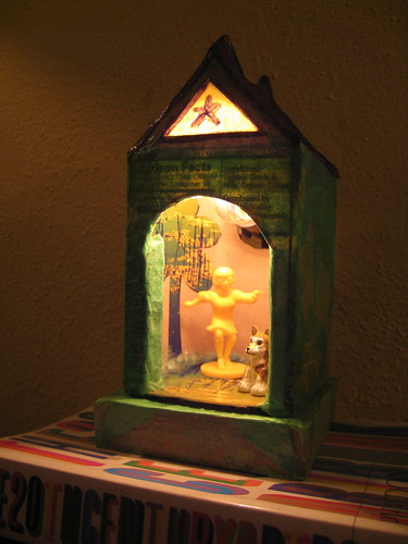 Doghouse nightlight -- finished product