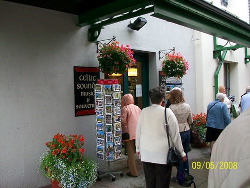 Ireland - Bunratty - Blarney Woolen Mills