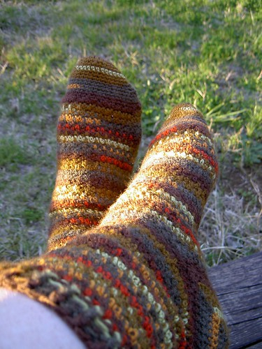 Finished - Pebbled Sand socks