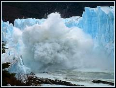2: Perito Moreno Glacier, Patagonia (Argentina), the ice bridge finally falls off (mariano capogrossi) Tags: patagonia parquesnacionales ice 2004 argentina glacier glaciar marzo elcalafate rupture glaciarperitomoreno parquenacionallosglaciares ruptura worldtrekker marianocapogrossi ruptura2004