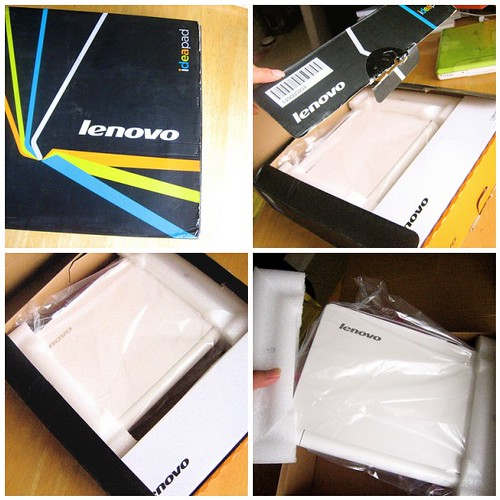 Taking my new Lenovo Purse out of the box!