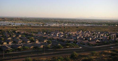 Mesa, AZ (by: Donovan Mueller, creative commons license)
