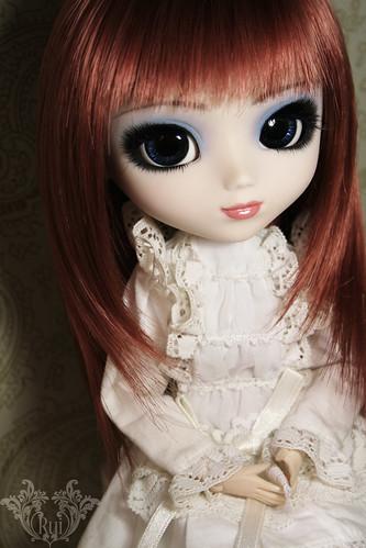 Victorian Maiden (by ♠ R u i ♠)