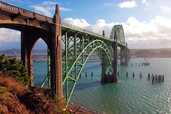 Yaquina Bay Bridge (Gigapic) Tags: ocean bridge green oregon landscape bay landscapes arch newport yaquina photofaceoffplatinum pfogold pfosilver 3wayassignment86 herowinner