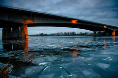 Frozen Gooimeer (KennethVerburg.nl) Tags: bridge winter cold ice netherlands frozen bevroren nederland brug flevoland almere gooimeer ijs koud canoneos5d stichtsebrug aplusphoto gooimeerdijk