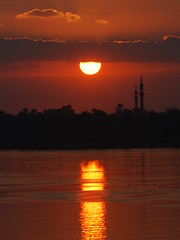 EGYPT River Nile (Michael Gwyther-Jones) Tags: sunset egypt nile redriver luxor rivernile colorphotoaward isawyoufirst yourcountry