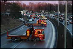 Car crash (karlstad Igår) Tags: auto car canon sweden karlstad carcrash värmland towtrucks canoneos400d ef702104 muliplecrash