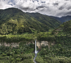 Nature is painting for us, day after day, pictures of infinite beauty, if only we have the eyes to see them - John Ruskin (Karnevil) Tags: southamerica nature ecuador nikon falls hdr d300 amazonjungle stitchtwophotos