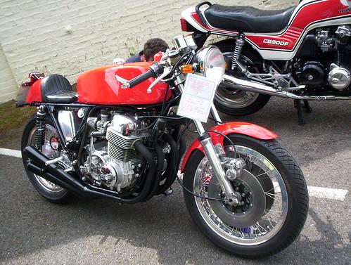 cb750 cafe racer. Honda Cafe Racer CB750
