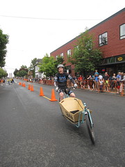 Cirque du Cycling_34 (METROFIETS) Tags: green beer bicycle oregon garden portland construction paint nw box handmade steel weld coat transport craft cargo torch frame pdx custom load cirque woodstove builder haul carfree hpm suppenkuche stumptown paragon stp chrisking shimano custombike cargobike handbuilt beerbike workbike bakfiets cycletruck rosecity crafted 4130 bikeportland 2011 braze longjohn paradiselodge seattlebikeexpo nahbs movebybike kcg phillipross bikefun obca ohbs jamienichols boxbike handmadebike oregonhandmadebikeshow nntma hopworks metrofiets cirqueducycling oregonmanifest matthewcaracoglia palletbike oregonframebuilder seattlebikeshow bikefarmer trailheadcoffee cargbikerace