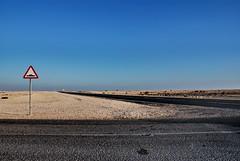 Al Khor, Qatar - Just another Friday (2008) (Luca Assen) Tags: road desert friday strade qatar alkhor nulla