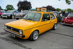 Yellow Swallow Tail (Brian O'Mahony) Tags: holland rabbit castle beautiful car yellow vw vintage golf volkswagen cool mint chrome 1975 swallow bbs alloys carshow swallowtail marki northwales mk1 darrenrobinson lefthooker rarecar alltype brianomahony bodelwyddancastle lfm112n thephotographiceye