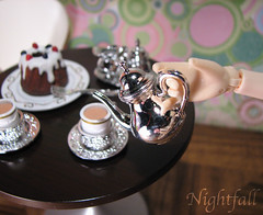 365 Toy Project: Day 216 (esmereldes) Tags: cake silver miniature cafe teacups teapot teacup rement day216 teaservice img6162 365toyproject specialcakesforme