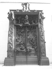 Paris - musee Rodin - porte de l'enfer