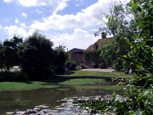 Charlestone Cottage and Pond