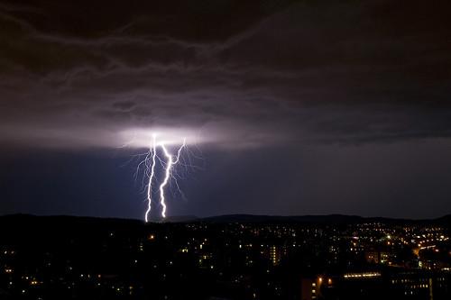 Lightning (by XmasB)