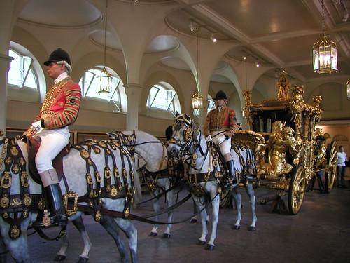 Buckingham Palace and Royal Mews 012