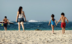 En busca del mar (Drogdon) Tags: sea beach mexico mar sand playa arena cancun caribbean vacations vacaciones caribe quintanaroo agosto2007