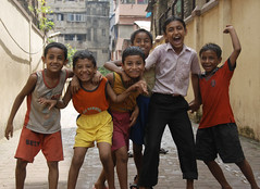 little rascals (bs_10) Tags: friends india children smiles kolkata streetkids streetsoccer earthasia