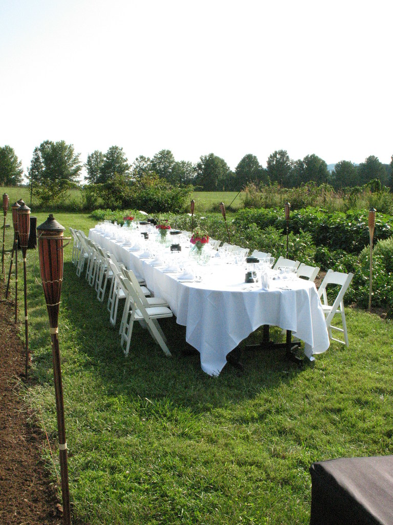 Table set for the 2008 Harvest Dinner
