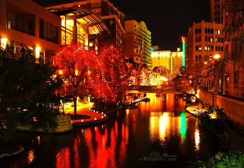 Riverwalk @ Night