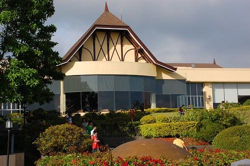 Tagaytay Vista Hotel