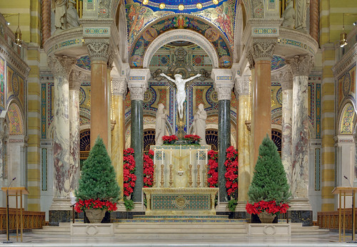 Cathedral Basilica of Saint Louis, in Saint Louis, Missouri, USA - high altar decorated for Christmas