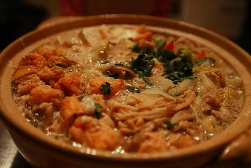 とうにゅう鍋