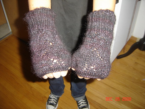 Dayflower Gloves