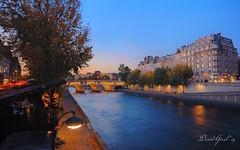 Dusk on les Quais de la Seine | DRI (David Giral | davidgiralphoto.com) Tags: bridge blue autumn sky paris france fall seine automne de lights evening dusk pont neuf quais
