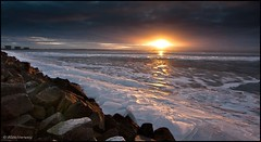 Sunset (and a lot of ice) (Alex Verweij) Tags: sunset sun ice canon landscape zonsondergang zon 1022mm almere gooimeer ijs rtl4 40d mywinners ijsschotsen alexverweij
