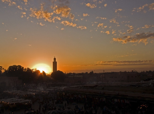 Atardecer Plaza Jamaa el Fna (Marrakech) par raulsancho