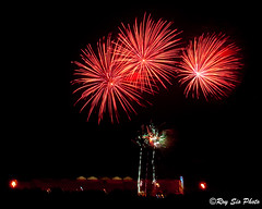 Dinagyang Fireworks 2009 - 1 (Roy Sio) Tags: lights luces fireworks competition pyro 2009 dinagyang