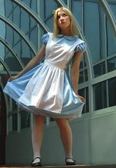 ? (mew_pudding) Tags: hearts costume cosplay alice lewis kingdom disney wonderland carrol