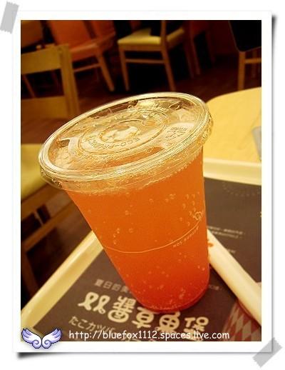 080624MOS雙醬章魚堡套餐07_加15元可升級成紅柚氣泡鮮果汁