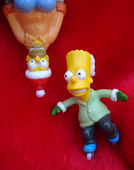 Homer & Bart Simpson (Srch) Tags: xmas family toys navidad bart homer thesimpsons homersimpson bartsimpson dadson lossimpsons golddragon mywinners oneweekproject ayearofholidays