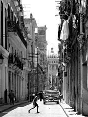 Calles de La Habana (miamiphotographerone) Tags: cuba habana
