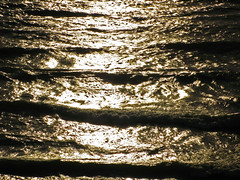 Low tonal resolution (LTR): Light on water (kevin dooley) Tags: new light sunset favorite sun lake reflection beautiful wow evening interesting fantastic buffalo exposure flickr pretty waves dynamic post ltr very dusk good michigan gorgeous awesome low award superior super monotone best explore most level creativecommons utata processing winner stunning excellent resolution duotone much incredible range tone brightness breathtaking adjustment exciting tonal phenomenal ldr lowdynamicrange lowtonalresolution